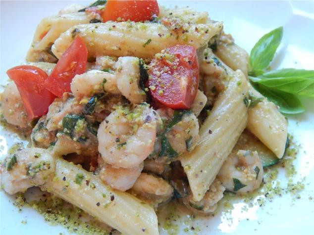 pasta_shrimp_zucchini_pistachio